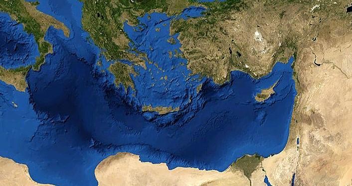 1280px-Mediterranian_Sea_16.61811E_38.99124N (2)
